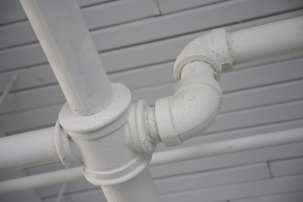 Indoor Pipes and Outdoor Leaks